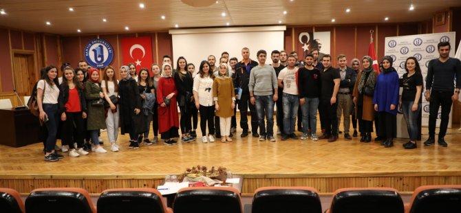 """""""Bilinçli Ol Hayat Kurtar"""" semineri gerçekleştirildi"""