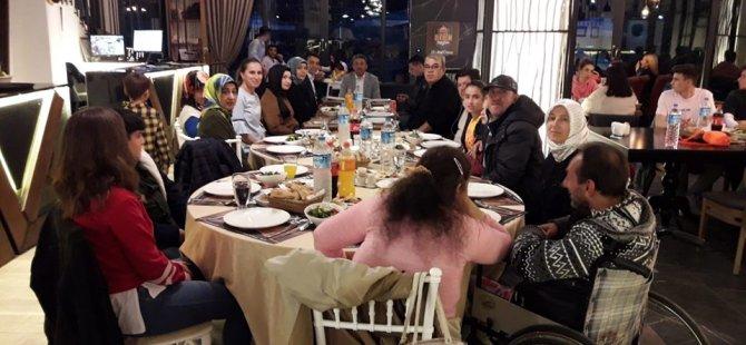 AK Parti'den engellilerimiz için iftar