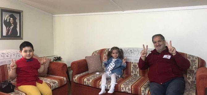 Kızılay'dan çocuklara bayram paketi