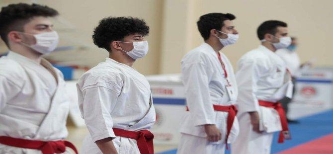 Bartın Üniversitesi öğrencisi Mülhim, Türkiye şampiyonu oldu