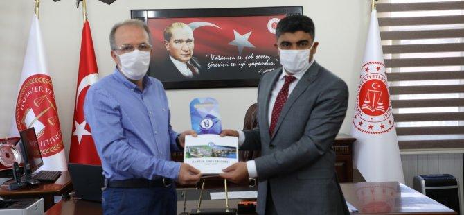 Rektör Uzun'dan Başsavcı Kaynak'a tebrik ziyareti