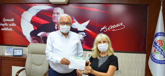 Posbıyık, kurban bağışını LÖSEV'e yaptı