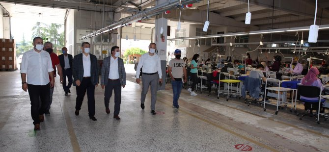 Başkan Akın'dan İki Fabrikaya Ziyaret
