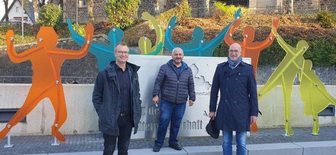 Lennestadt'taki Çaycuma Meydanı açıldı