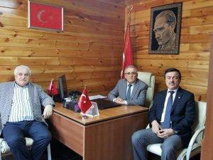Ak Parti heyetinden Dernek Başkanı Altunok'a ziyaret