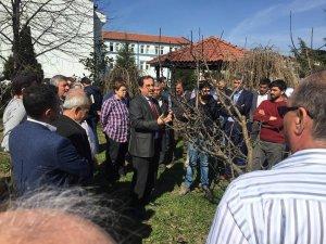 Çiftçilere IFAD projesini anlattı