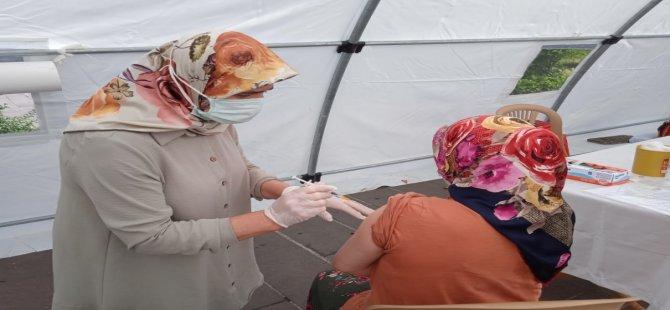 102 bine yakın Bartınlı'nın 1. doz aşısı yapıldı