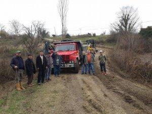 Küçükkızılkum'da 2,5 Km kanal temizliği yapıldı