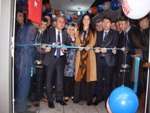 Ak Parti Halk Oylaması İrtibat Bürosu açıldı