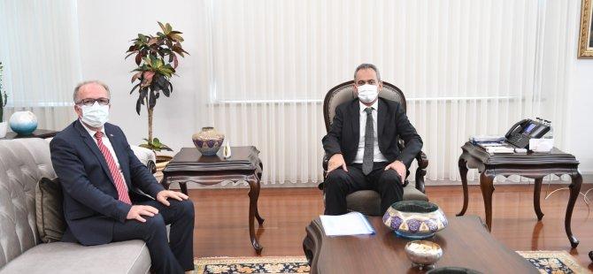 Rektör Uzun'dan Milli Eğitim Bakanı Özer'e ziyaret