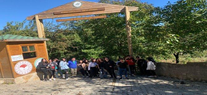 Bartın Belediyesi'nden Gençlere Doğa Gezisi