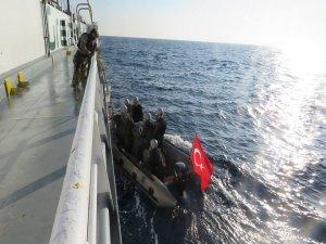 Bafra savaş gemisi ziyarete açıldı