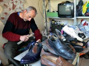 """""""Ayakkabı Tamirciliği İle Geçen Bir Ömür"""""""
