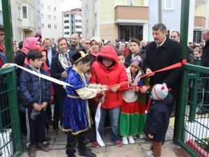 Başkan Akın, 23 Nisan parkının açılışını çocuklarla birlikte yaptı