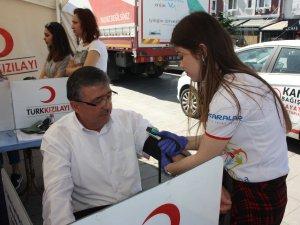 Türk Diyanet Vakıf-Sen kan bağışında bulundu