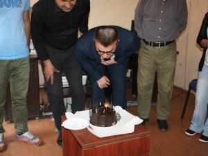 Ajans Bartın 4. yaşını pasta keserek kutladı