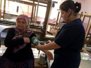 Köyde Yaşayanlara Kanser Taraması