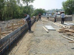 Belediye serası yapımı devam ediyor