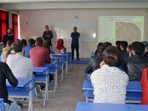 Polonyalı akademisyen Bartın Üniversitesi'nde ders verdi