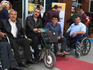 """""""Engelleri Aşalım Projesi"""" İle 10 Bin Engelliye İstihdam Umudu"""