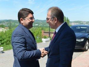 Milletvekili Tunç, Rektör Uzun'u ziyaret etti