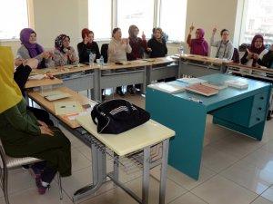 İşaret Diliyle Kur'an Öğreniyorlar