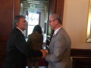 Özkan'dan Cumhurbaşkanı Gül'e başsağlığı ziyareti