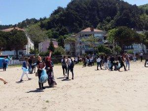 Öğrenciler İnkumu Sahilinde Temizlik Yaptı