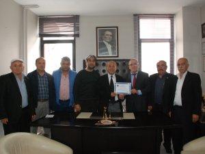 Fahri Üyelik Projesine Muhtarlar Derneği'nden tam destek