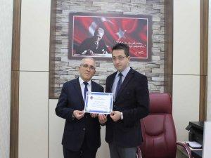 Fahri Üyeliğe bir destek de Vakıf Müdürü Güler'den