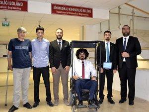 Engeller Göz Bebeğiyle Verilen Komutlarla Aşılacak