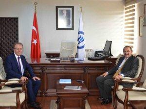 Zonguldak Valisi Kaban'dan, Rektör Uzun'a Ziyaret