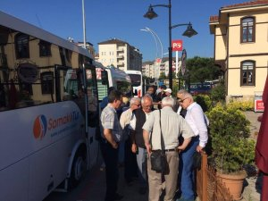 CHP İl Başkanlığı adalet yürüyüşüne destek için 5 minibüsle yola çıktı