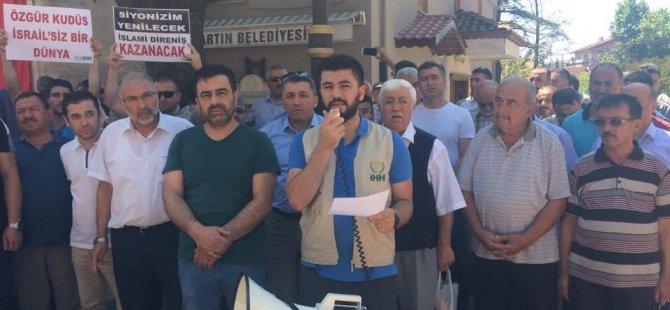 Mescid-i Aksa'yı ibadete kapatan İsrail'e tepki