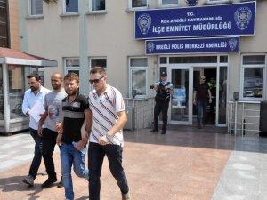 Gözaltına alınan 2 kişi tutuklandı