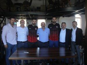 Bartınspor 2 futbolcuyla yollarını ayırdı