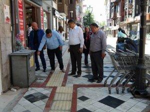 Akın'dan Şadırvan Caddesi'nde inceleme