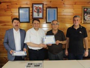 Milletvekili Tunç, İl Başkanı Manav ve Meclis Üyesi Camcı derneğin fahri üyesi oldu