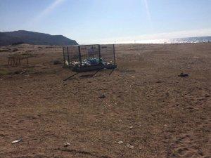 Sahilde kuma yapılan çöp toplama alanı kullanılamıyor
