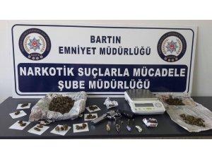 Bartın polisi uyuşturucu tacirlerine göz açtırmadı