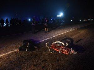 Otomobilin Çarptığı Bisiklet Sürücüsü Öldü