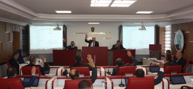 İstifa eden Aldamaz'ın yerine komisyonlara Meclis Üyesi Dikyurt seçildi