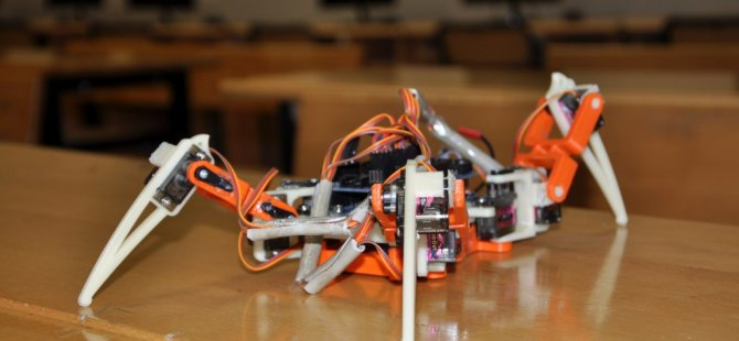 Robot İçin Yola Çıktılar Üç Boyutlu Yazıcı Ürettiler