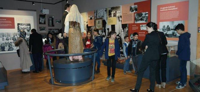 Kent Tarihi Müzesi ilk ziyaretçi grubunu ağırladı