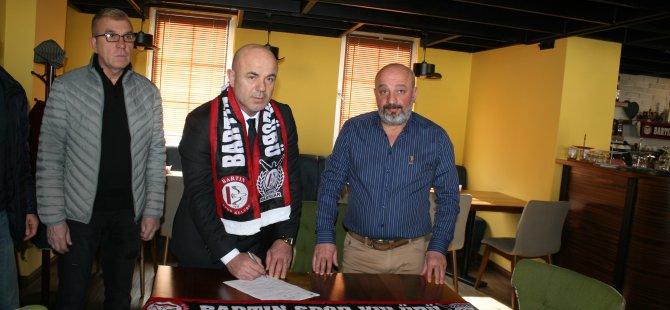 'Dobi Hasan' resmi sözleşmeyi imzaladı