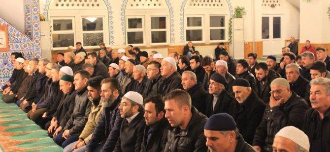 Ak Parti teşkilatı Afrin için dua etti