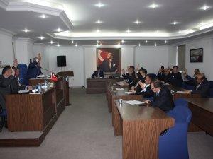 Meclis yeni yıla hızlı başladı