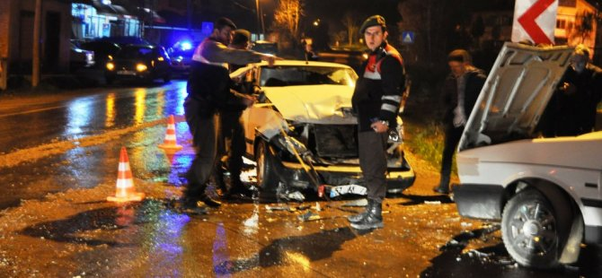Bartın'da Trafik Kazası: 5 Yaralı