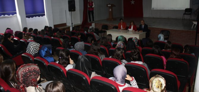 Lise öğrencilerine Bartın'ın turistik değerleri anlatıldı