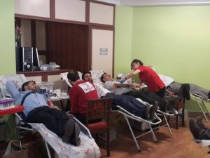 Müftülükten Kızılay'a kan bağışı